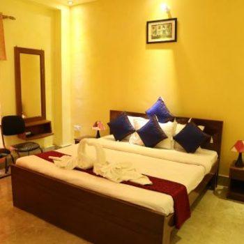 3 days yoga retreat in rishikesh