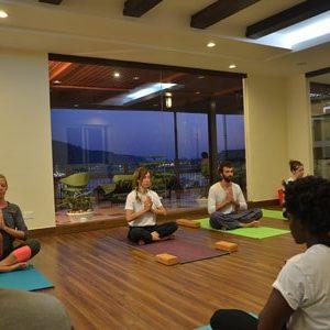 6 days yoga retreat in rishikesh