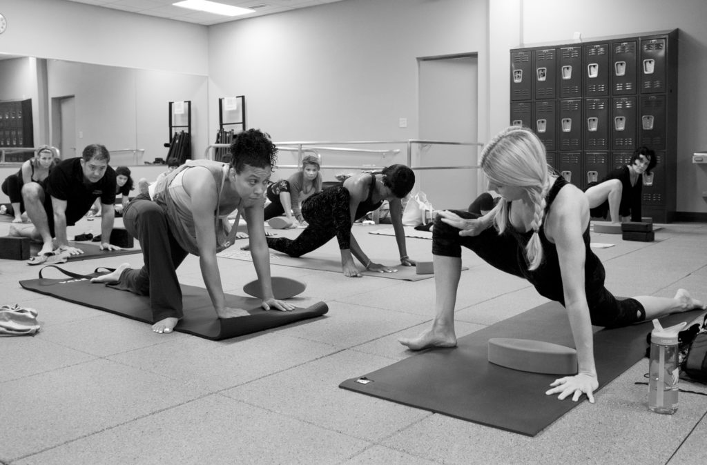 mixing yoga with gym
