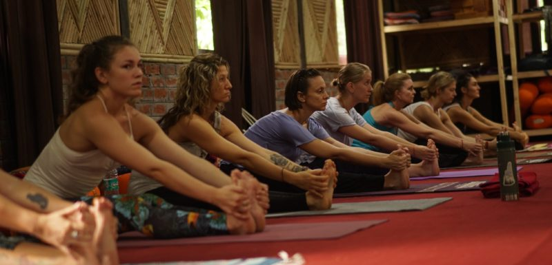 Things to Know While Chosing Yoga Teacher Training Course in Rishikesh