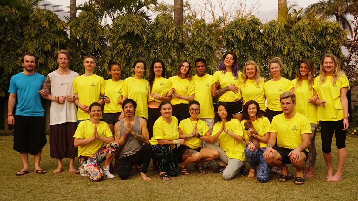 200-hour-yoga-teacher-training-rishikesh